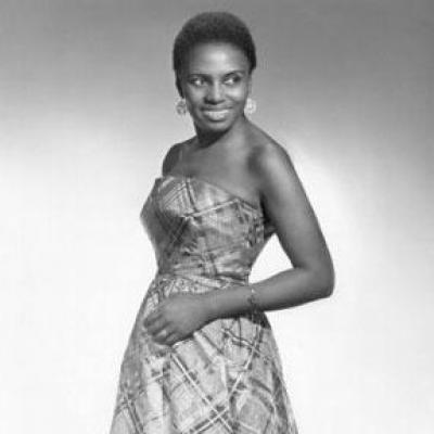Miriam Makeba ( Mama Africa)