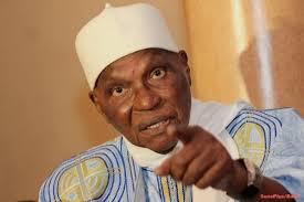 Sénégal : l'ancien président Wade accuse son successeur d'avoir dégradé l'économie du pays