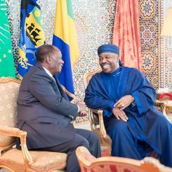 Le président ivoirien souhaite recevoir Ali Bongo en Côte d'Ivoire