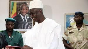 Le président de transition du Mali attendu samedi à Dakar