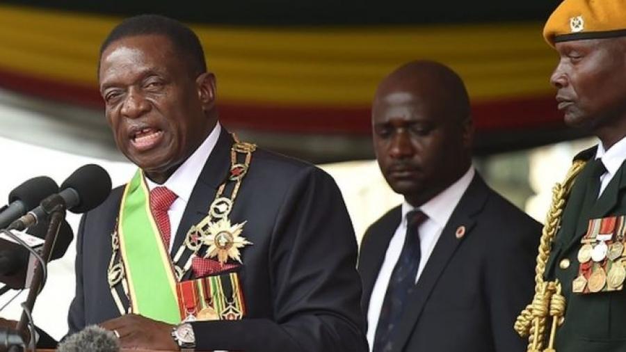 Le président zimbabwéen nomme un cabinet de 20 membres
