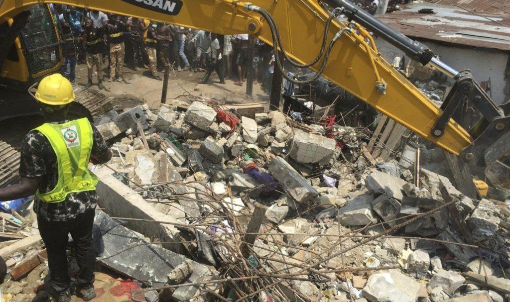 Nigeria: 4 morts et 8 blessés dans l'effondrement d'un bâtiment