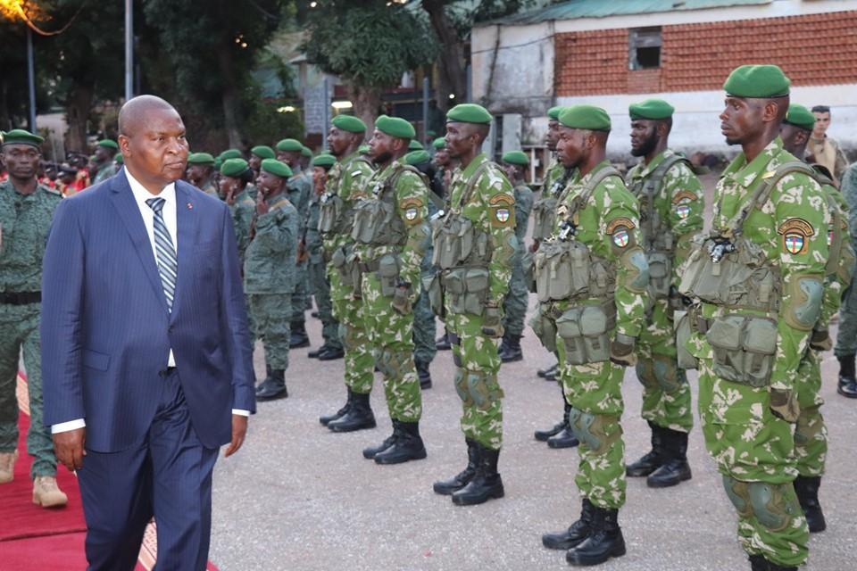 Centrafrique : 631 jeunes soldats formés par l'UE intègrent l'armée nationale
