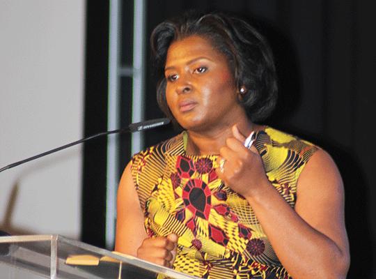 La Première dame de Namibie reçoit un prix pour sa lutte contre le sida
