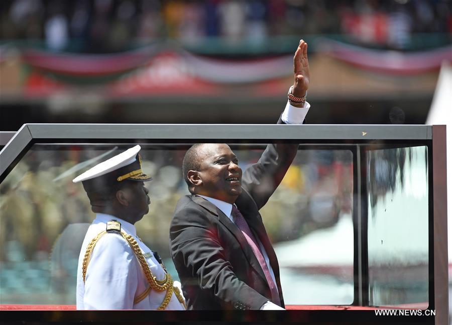 Kenya : Uhuru Kenyatta a prêté serment pour un second mandat et promet de faire de l'unité sa priorité