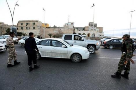 Libye deux bombes explosent devant 12c64c7b7ea11c1390d0641346a8492d