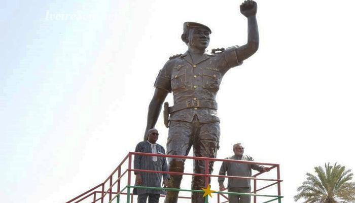 Burkina Faso : une statue géante à la mémoire de Thomas Sankara dévoilée à Ouagadougou