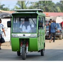 Les taxis solaires de Jacqueville à Abidjan