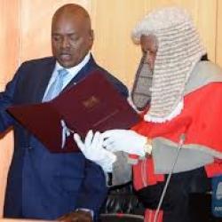 Botswana : investiture de Mokgweetsi Masisi, qui devient le 5e président du pays