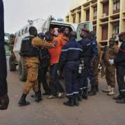 Burkina/attaque terroriste: les opérations de ratissage en cours sur les lieux de l'attaque