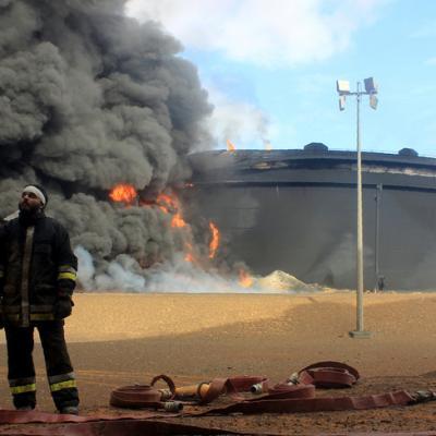 Une cuve stockage petrole dans region ras lanouf principal centre raffinage petrole libye 23 janvier suite attaque daech 0 730 489